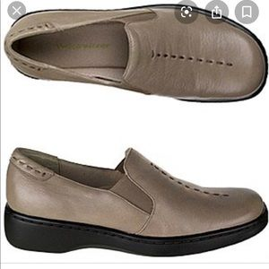 NATURALIZER MUSIC LEATHER SHOES 10